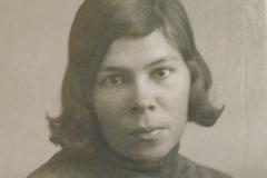 Леля, старшая сестра Елена Александровна. 22 октября 1931